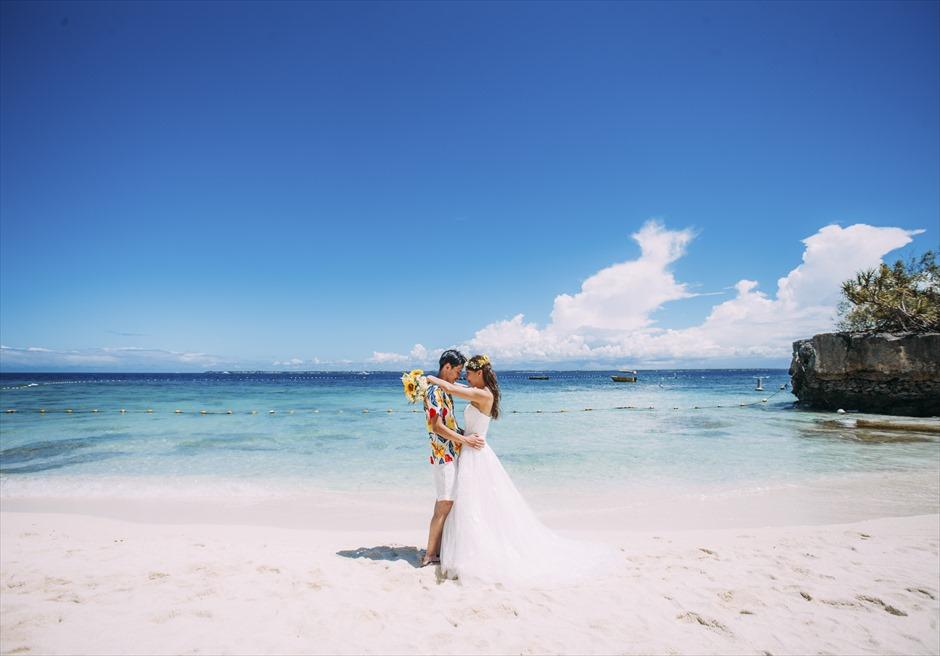 シャングリラ・マクタン・リゾート&スパ美しいビーチにてフォトウェディング