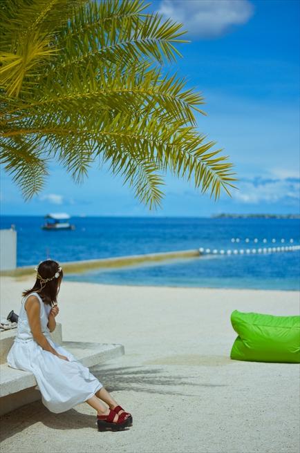 ビー・リゾート・マクタン<br /> 白砂のビーチからマクタン島の海を望む