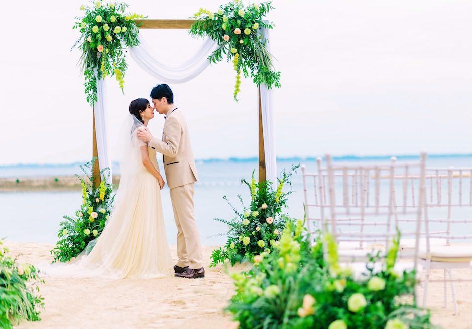 コスタベラ・トロピカル・ビーチ・ホテル <br /> 誓いのキス