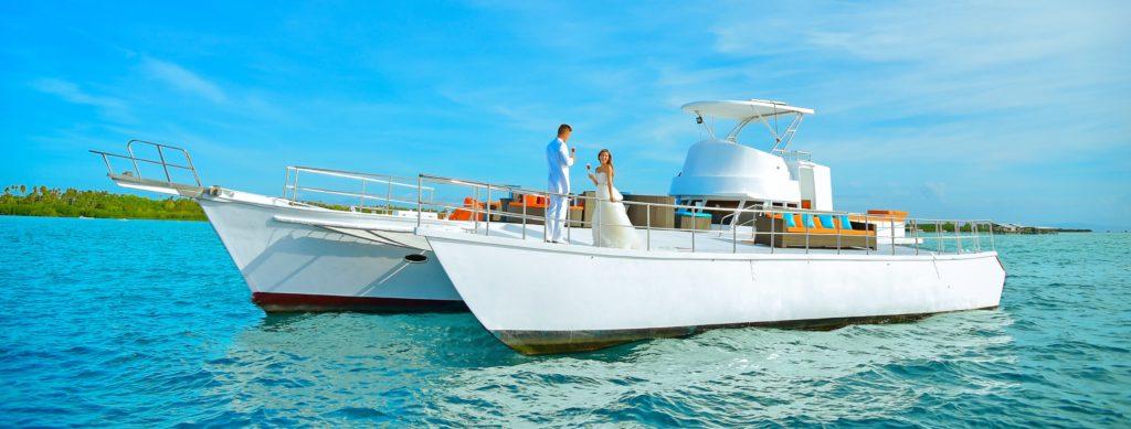 セブ船上挙式<br /> Crusing Olango Island<br /> ~クルージング・オランゴ・アイラン