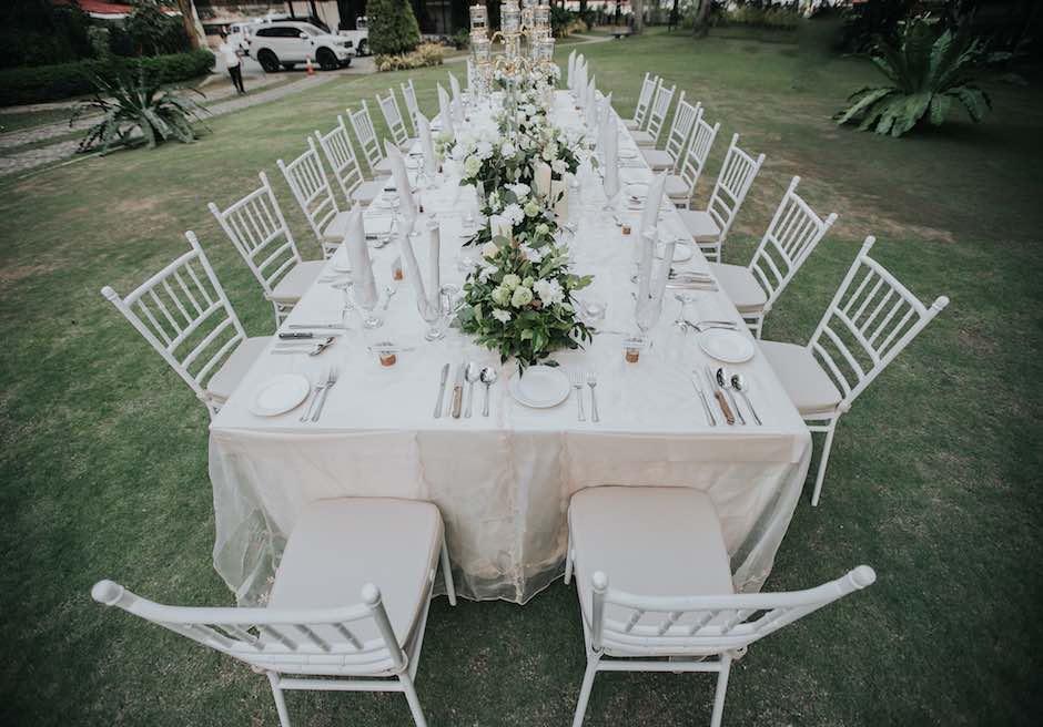 セブ・ホワイトサンズ・リゾート&スパアップグレードテーブルセッティング