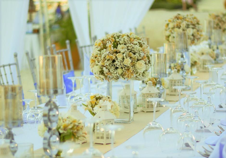 ブルーウォーター・マリバゴ セブ ウェディングパーティー 生花装飾