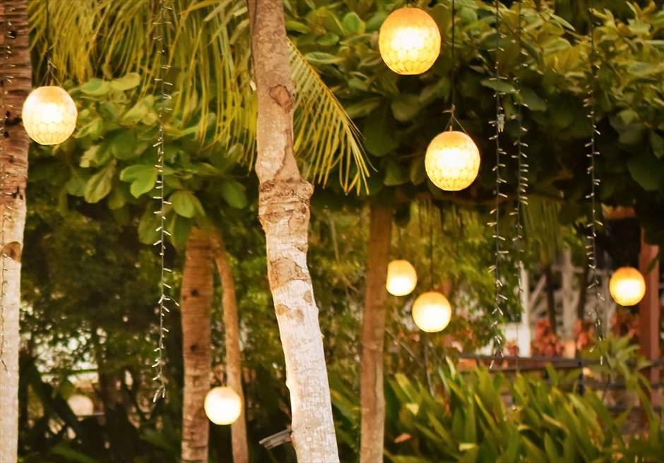 シャトー・バイ・ザ・シー マクタン ウェディング パーティー会場 照明 ハンギングボール