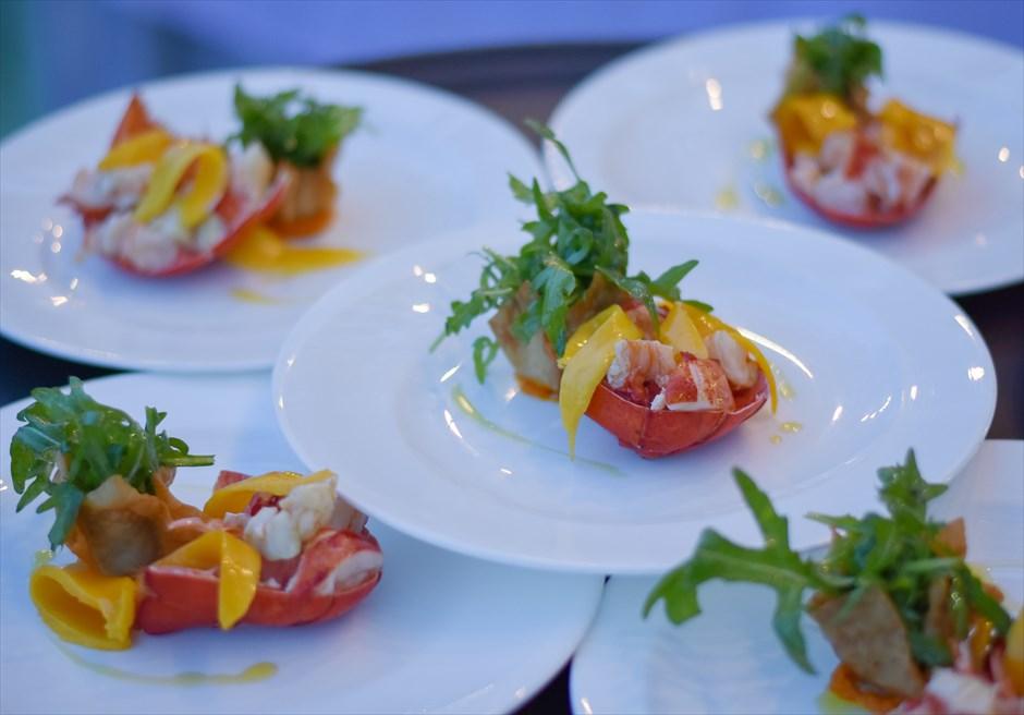 クリムゾン・マクタン リゾート&スパ ウェディングパーティー会場 ガーデンパーティー コース料理 前菜