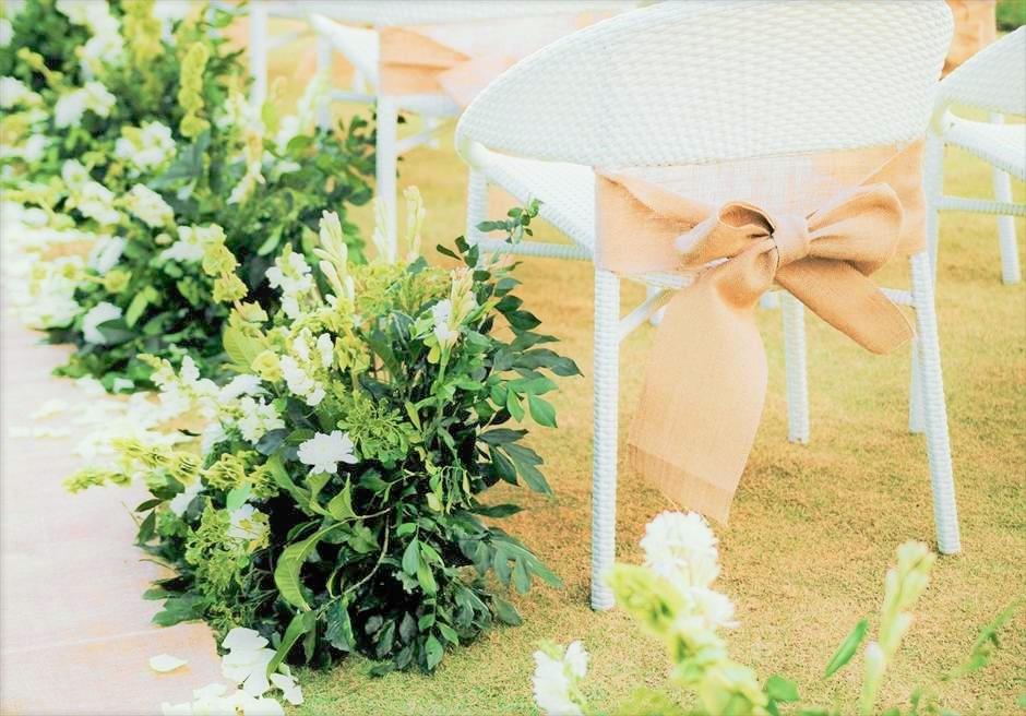モーベンピック セブ マクタン ガーデンウェディング会場 生花フラワーアイルサイド装飾一例