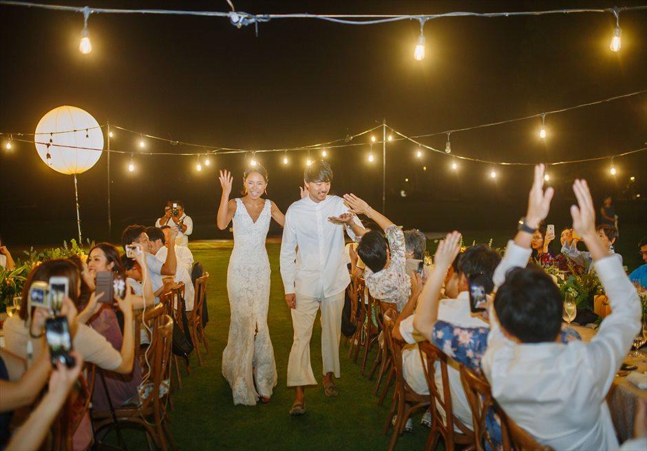 シャングリラ・セブ・マクタン ウェディングパーティー 挙式パーティー会場 ガーデンパーティー 入場シーン