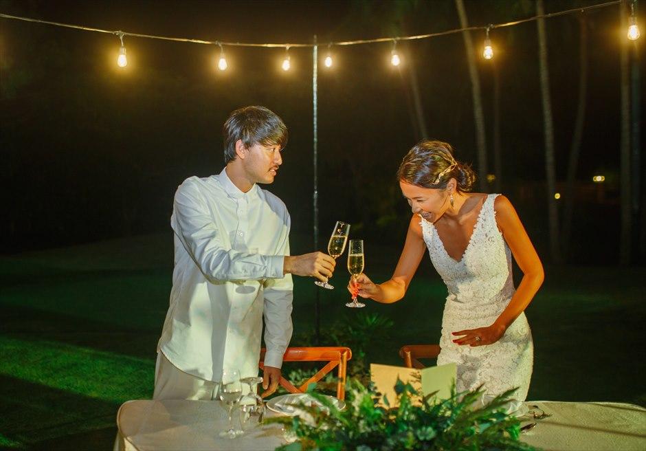 シャングリラ・セブ・マクタン ウェディングパーティー 挙式パーティー会場 ガーデンパーティー 乾杯シーン