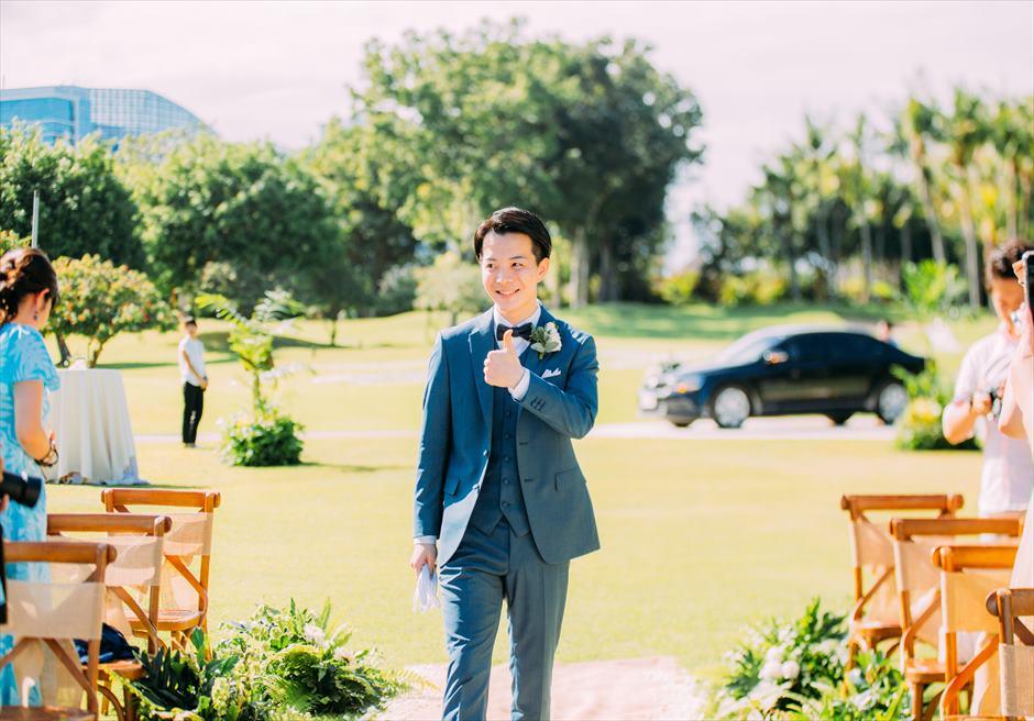 セブ島ウェディング シャングリラ・マクタン・ガーデン挙式 ヘリパッドガーデン挙式会場 新郎 入場シーン