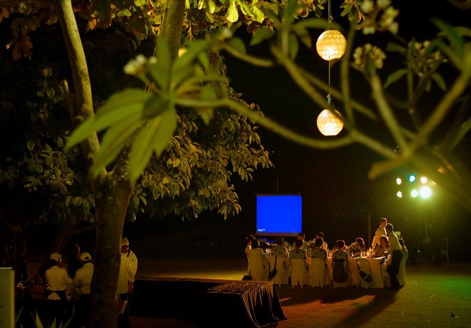 シャトー・バイ・ザ・シー 挙式パーティー会場 セブ・ガーデンパーティー セブ島ウェディングパーティー 野外セブパーティー プロジェクター