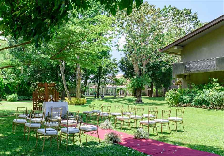 モンテベッロ・ヴィラ・セブ・シティ ガーデンウェディング 挙式会場 ナチュラル・ウッド・パーテーション