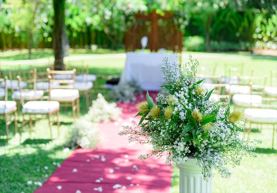 モンテベッロ・ヴィラ・セブ・シティ ガーデンウェディング 挙式会場 生花装飾 フラワー装飾