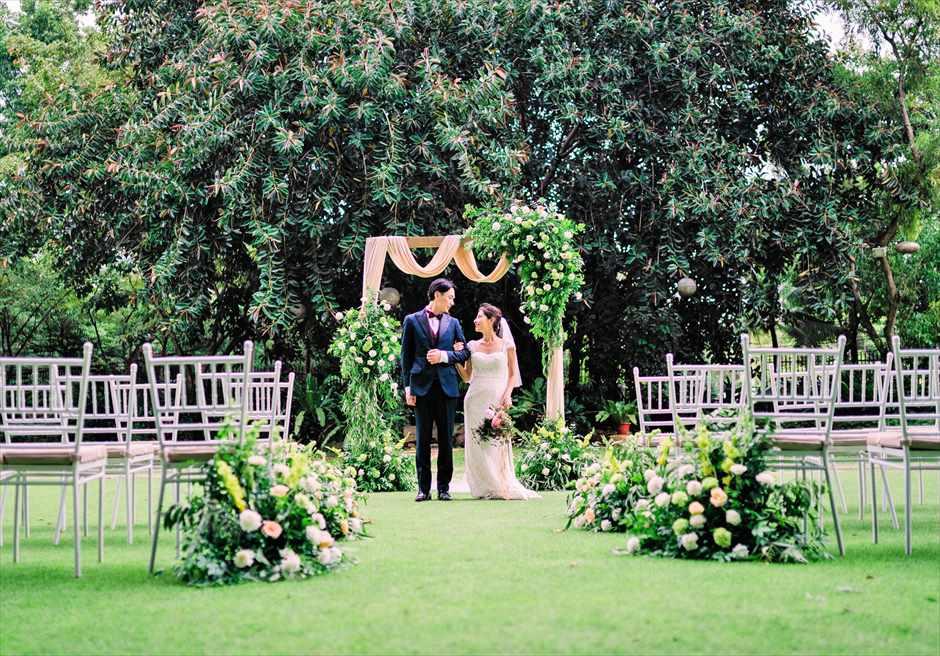 セブ・ホワイトサンズ・リゾート&スパヒストリック・ガーデン・ウェディング挙式シーン
