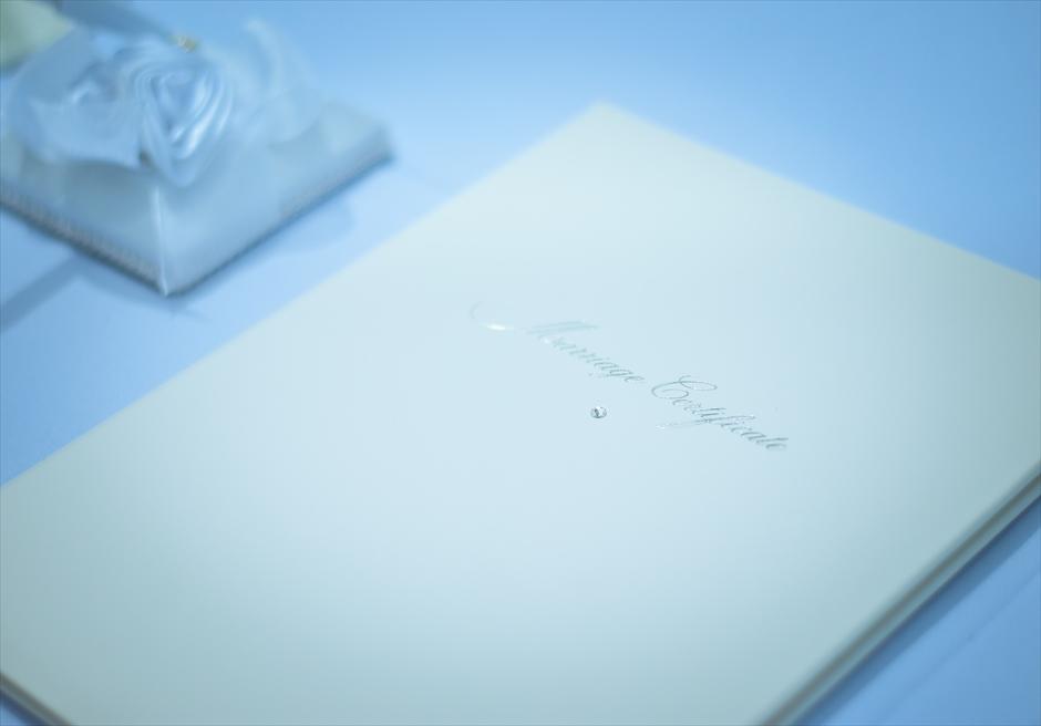 ブルーウォーター・マリバゴ・リゾートビーチウェディングホワイト・ナチュラル結婚証明書