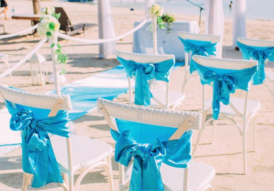 ブルー・スカイビーチ・ウェディングティファニー・ブルー挙式会場ホワイト・セレモニーチェア装飾