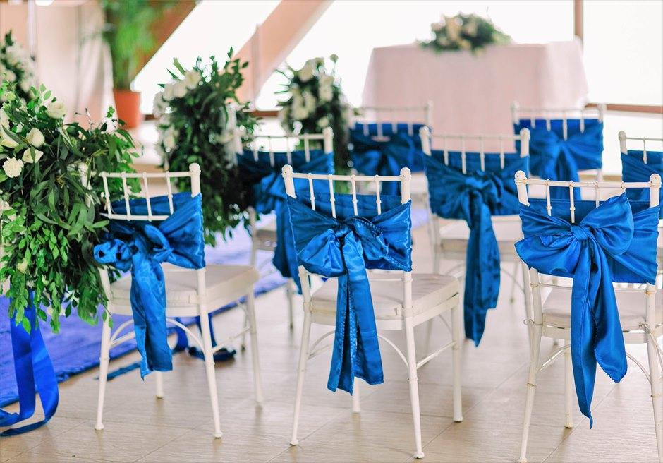 シャングリラ・マクタン・リゾートオーシャン・パビリオンクラシック・ウェディングティファニーチェア・サッシュ装飾