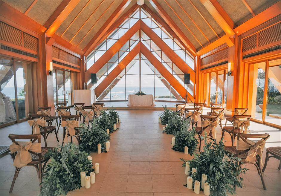 シャングリラ・マクタン・リゾートオーシャン・パビリオンラスティック・ウェディング挙式会場基本装飾全景