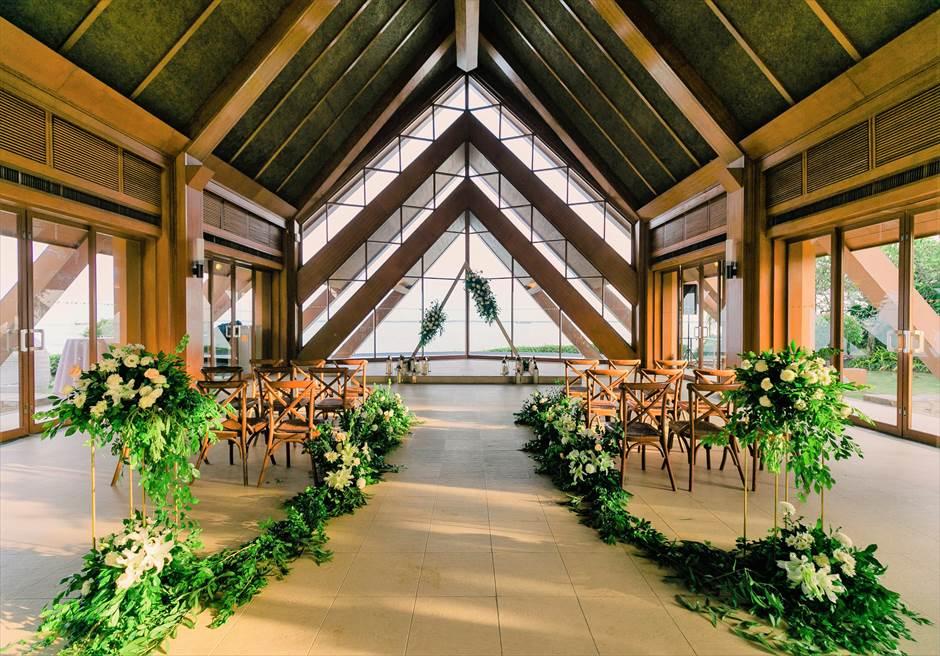 シャングリラ・マクタン・リゾートオーシャン・パビリオンラスティック・ウェディング挙式会場アップグレード装飾全景