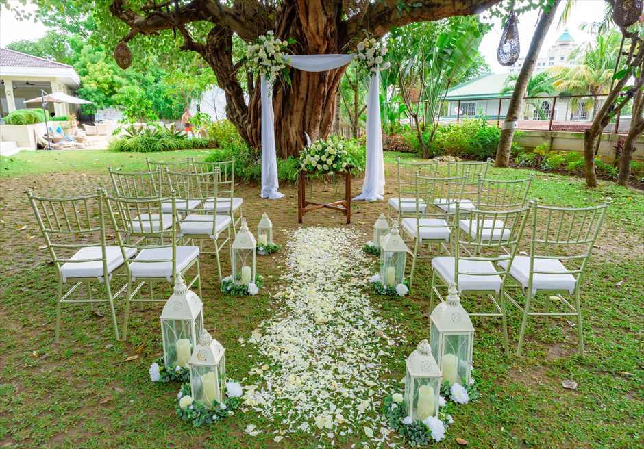 シルカ1900ナチュラル・ウェディングツリー・ガーデン挙式会場装飾全景