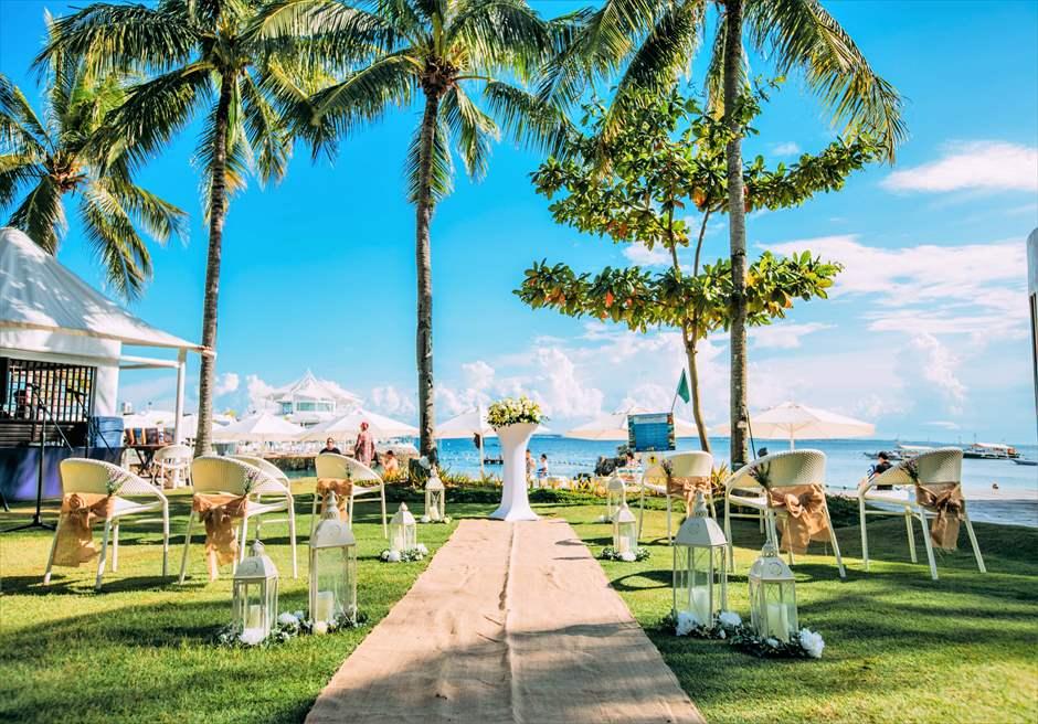 モーベンピック・マクタン・アイランドビーチフロント・ガーデンナチュラル・ウェディングラスティック挙式会場装飾