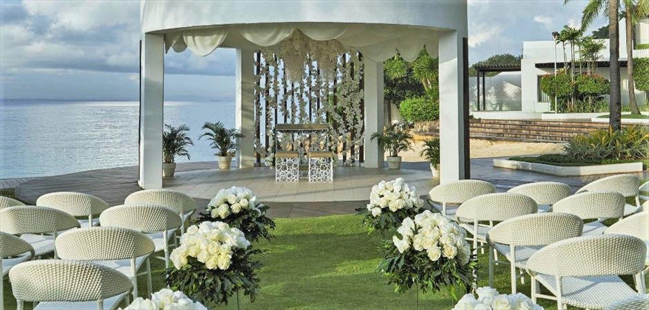 Gazebo Wedding at Beachfront GardenDecoration : Natural or Marine