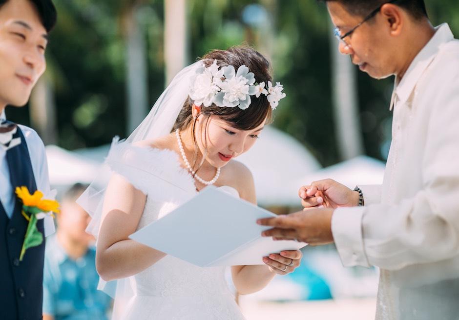 セブ島の結婚式の美しい花嫁