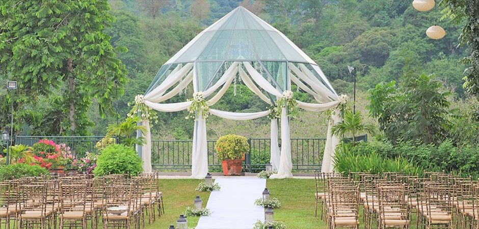 Chateau de Busay Glass Gazebo