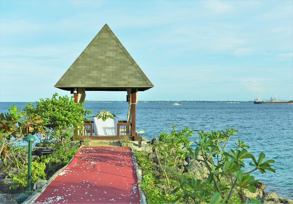 シャングリラ・マクタン・リゾート&スパ オーシャンフロント・ガゼボ