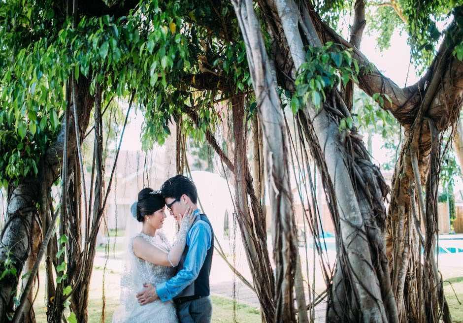 パシフィック・セブ・リゾートガジュマルの樹にてフォトウェディング